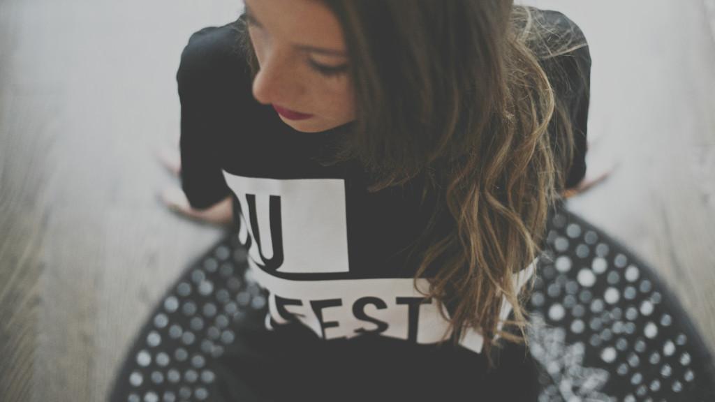 Andi-DU-Lifestyle-Tee